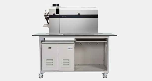 mobile laboratory bench for Agilent 8800 ICP-MS
